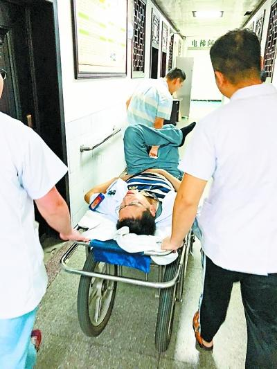 主刀医生肾结石发作坚持为患者手术 缝完针痛倒在地