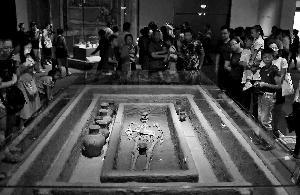 """五千年前""""山东大汉""""亮相国博"""