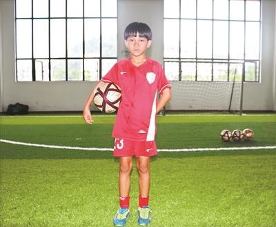 世界杯决赛女球童吴优:长大后我最想当教练
