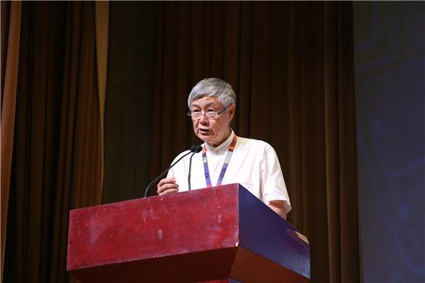 中国传媒大学音乐与录音艺术学院教授、音乐专业委员会主任李大康致辞