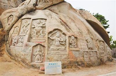丝绸之路上的佛教艺术瑰宝:海棠山摩崖造像群