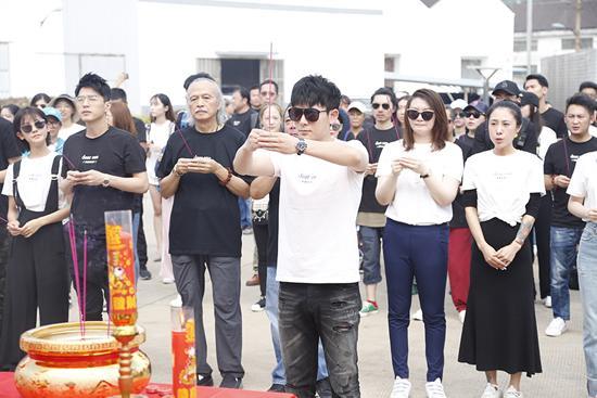 《亲爱的孩子》开机 王志文、陈翔、蒋梦婕等参演