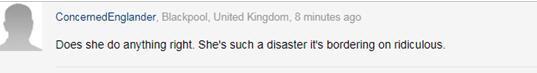 """英国首相为向王子行""""屈膝礼""""差点受伤 引英媒吐槽"""