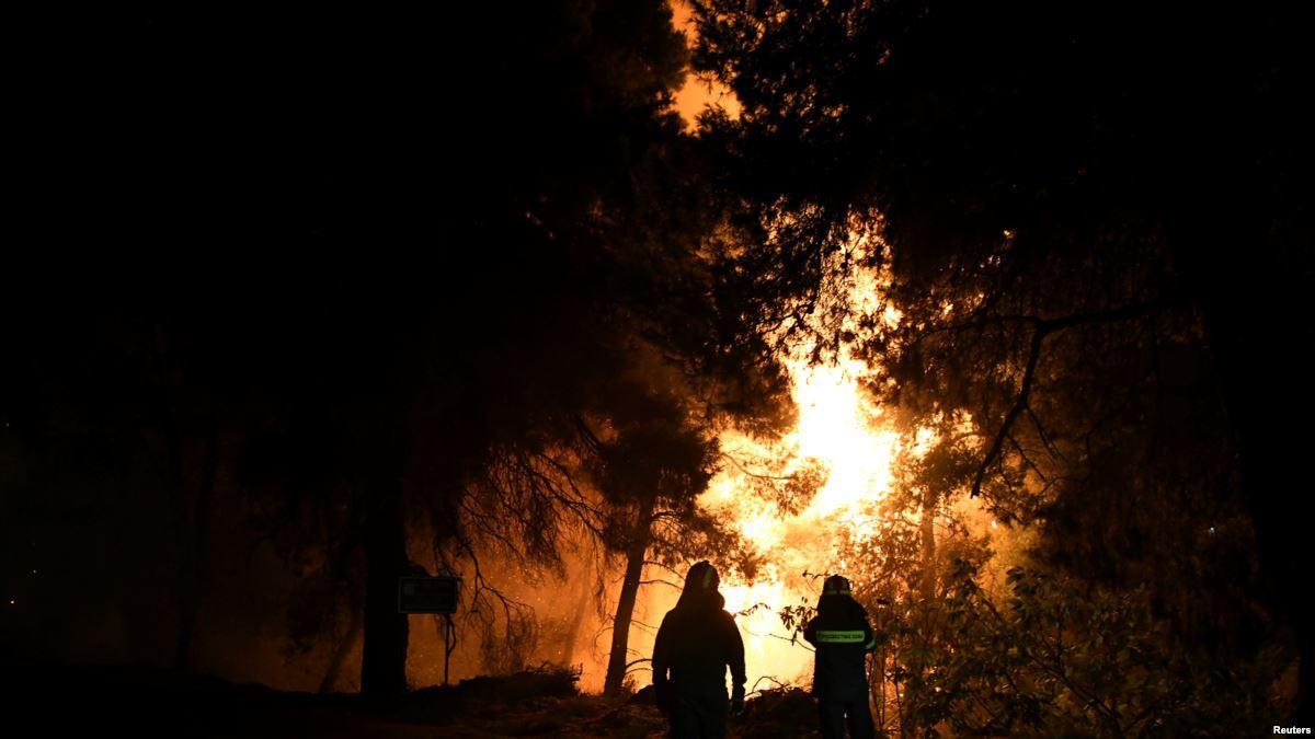 希腊再爆发山火:两个村子民众疏散 暂时未有伤亡报告(原创)