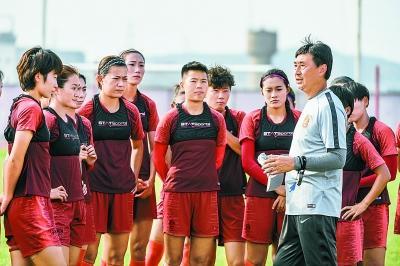 女足主帅贾秀全:我们有个梦想 世界杯进前四