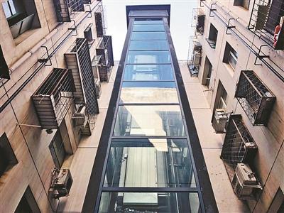老楼加装电梯难 刷卡乘坐破解矛盾
