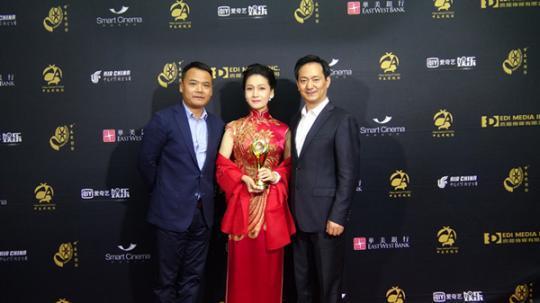 《挑山女人》获得本届电影节年度最佳戏曲电影奖项