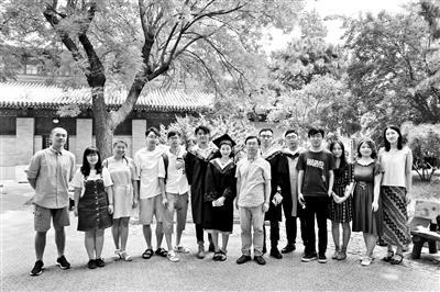 """北京高校诗社:""""抱团取暖""""下的理想与浪漫"""