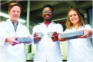 人尿造砖环保还能产肥料