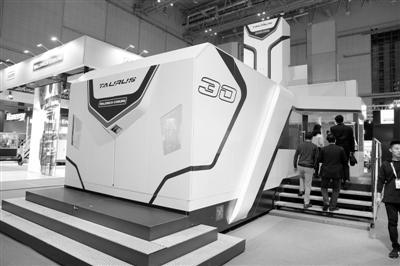 进博会高端及智能装备展区:探寻未来工厂的模样