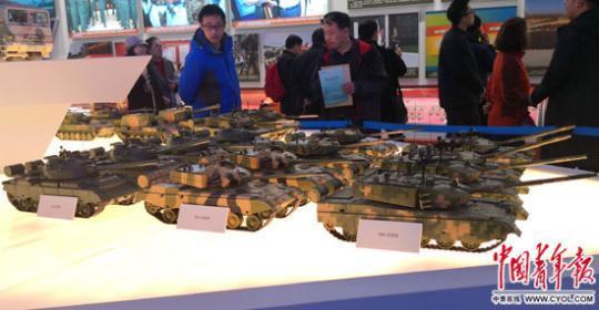 40年来,中国陆军武器装备实现了哪些跨越图