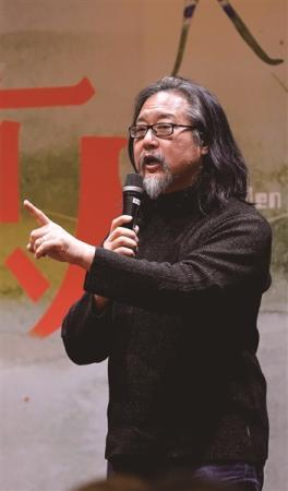 赖声川:专属剧场演员来自南艺相信剧场可以改变社会
