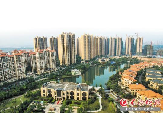 近来以来,国内众数城市的二手房市场展现了必定的降温回调。 长沙晚报记者 邹麟 摄