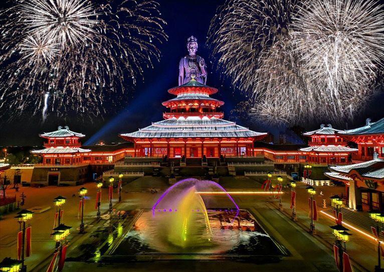华谊兄弟贺岁档官宣!到全球首个华语电影IP主题乐园跨年