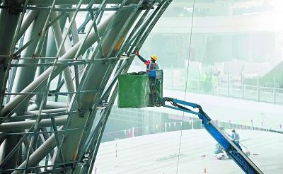 大兴国际机场主航站楼室内装修已完工八成