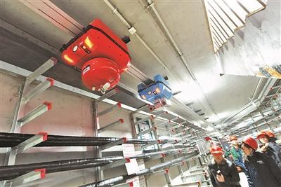 副中心保供电机器人24小时巡检