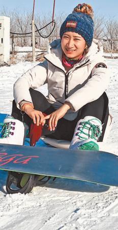 滑雪运动危险与快乐并存 多一点勇敢就添一分开心