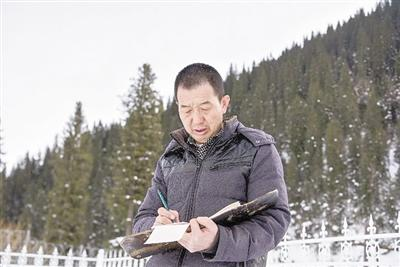 王海存:静静听雪落下的声音