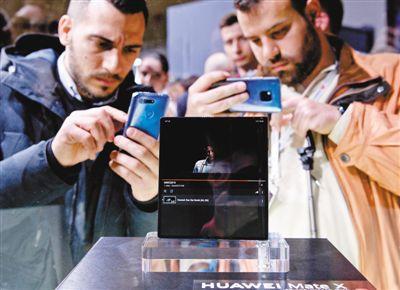 拥抱5G时代!中国元素闪耀巴塞罗那,中企产品受热捧