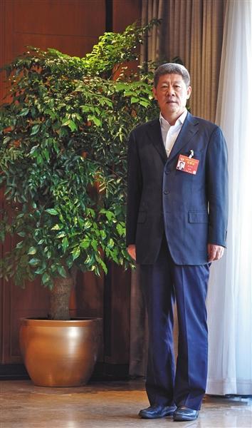"""最高法副院长李少平:不允许司法放权后出现""""灯下黑""""台湾八大综合台直播"""