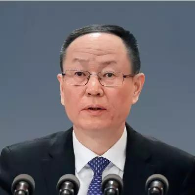 专家:政府对新兴产业管理存越位、缺位、错位问题雪花中文音译