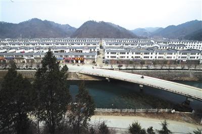 陕西易地扶贫搬迁工程接近尾声商洛将有十三万户住进城镇