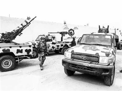 东部武装逼近利比亚首都