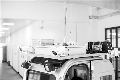 """""""葫芦娃"""":核设施应急抢险与作业机器人亮相工业展览会"""