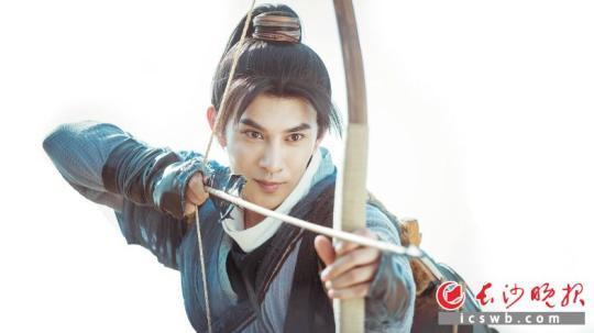 冯建宇在新版《新白娘子传奇》中扮演的张玉堂。(资料图片)