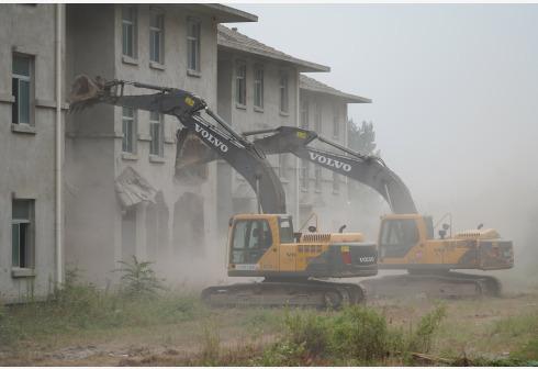 陕西积极整治清秦岭北麓西安境内违建别墅。新华社图
