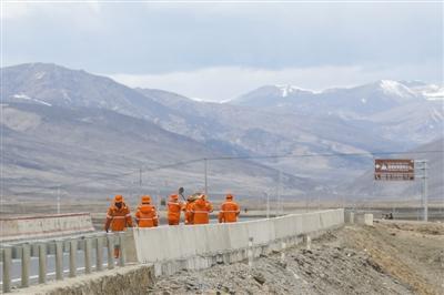 壮丽70年·奋斗新时代 川藏线上的百姓故事