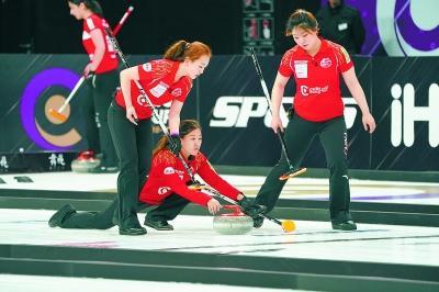 首届冰壶世界杯总决赛在京揭幕