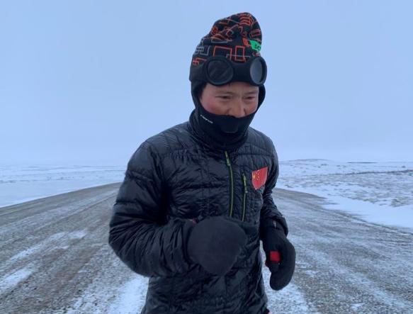 从南极跑到北极! 耐张阿翔最新力跑者白斌433天跑完2.4万公