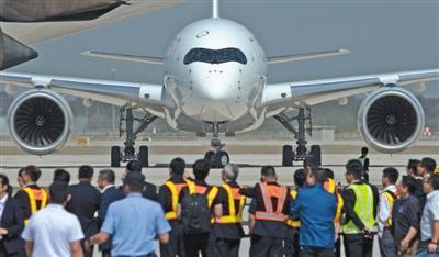 4架飞机紧凑起降 大兴机场完成试飞