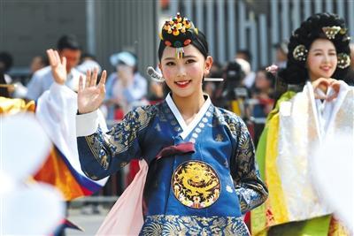 亚洲文明巡游和亚洲美食节开幕攻略设在奥主场欢乐谷图片
