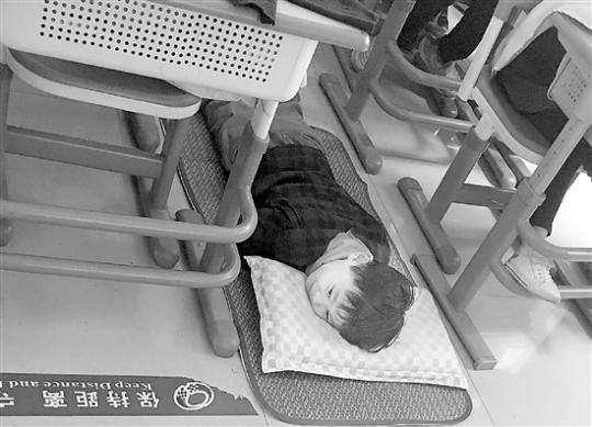 杭城近半中小学开始午睡