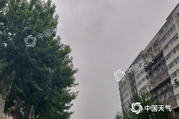 昨夜冰雹强对流突袭北京 周末两天仍有降雨