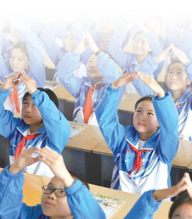 """从安徽金寨第一所""""希望小学""""说起:幼苗长成参天树"""