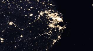 """上海为何不说""""晚安""""? NASA""""星光在线配资公司地图""""里藏着秘密"""