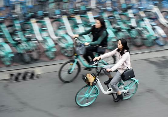 """滴滴青桔单车成都考核""""八连冠"""""""