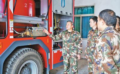 这支68人的消防队有67人是退役军