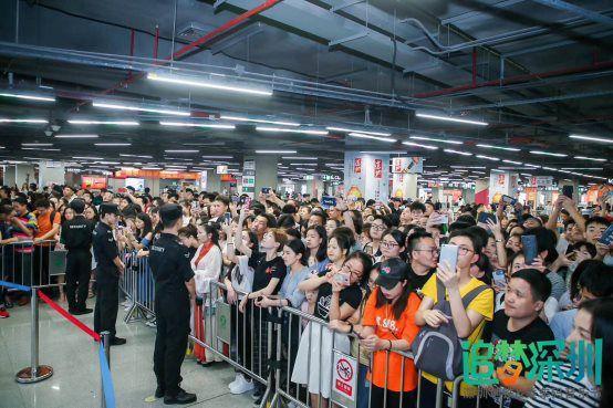 你的歌声有故事,全民K歌助力深圳市地铁音乐节