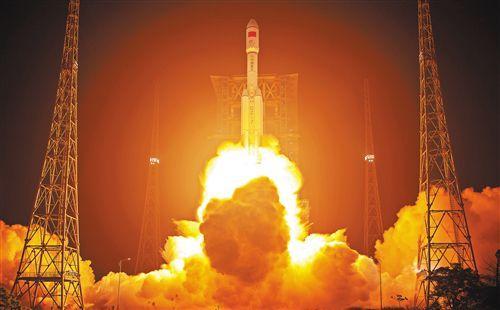 【�邀�70年・�^斗新�r代】�L征系列�\�d火箭逐�羯n穹