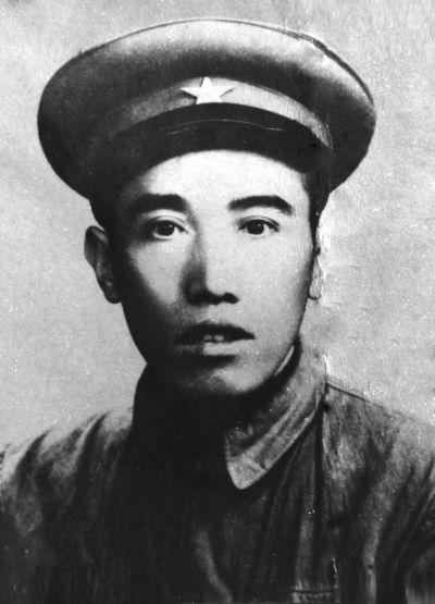 13歲就加入嚴錦文工農紅軍