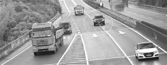 7月1日起,浙江嚴查高速公路實線變道