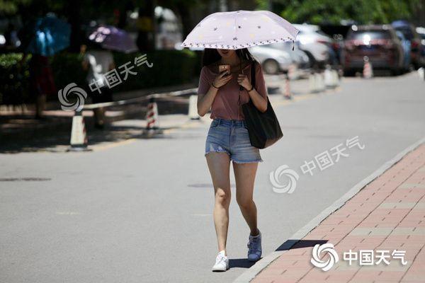 周末较强降雨转移至西南 中东部暑热加重