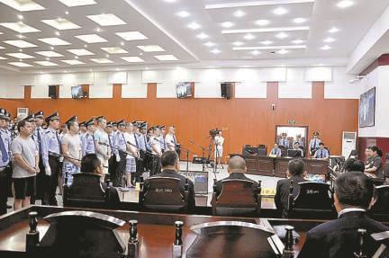湖北宜都:13人涉黑案一審宣判,主犯獲刑17年
