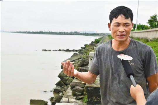 爱心接力 勇救观龙岛落水父子的英雄找到了