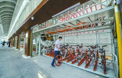 """北京首条自行车专用路成""""网红"""" """"摩天轮""""车库将在本月底投入使用"""