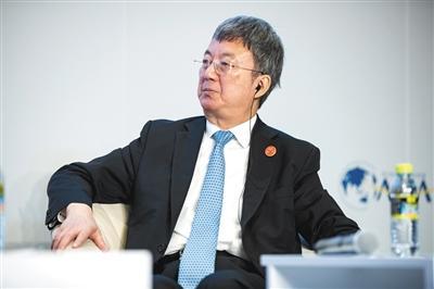 达沃斯论坛开幕 首日热议中国经济